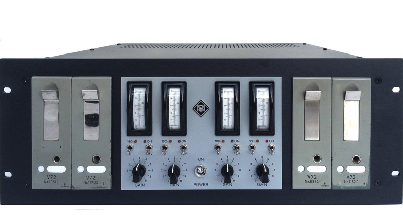 4 x Siemens V72 tube preamps in a custom made rack by sonicmessiah