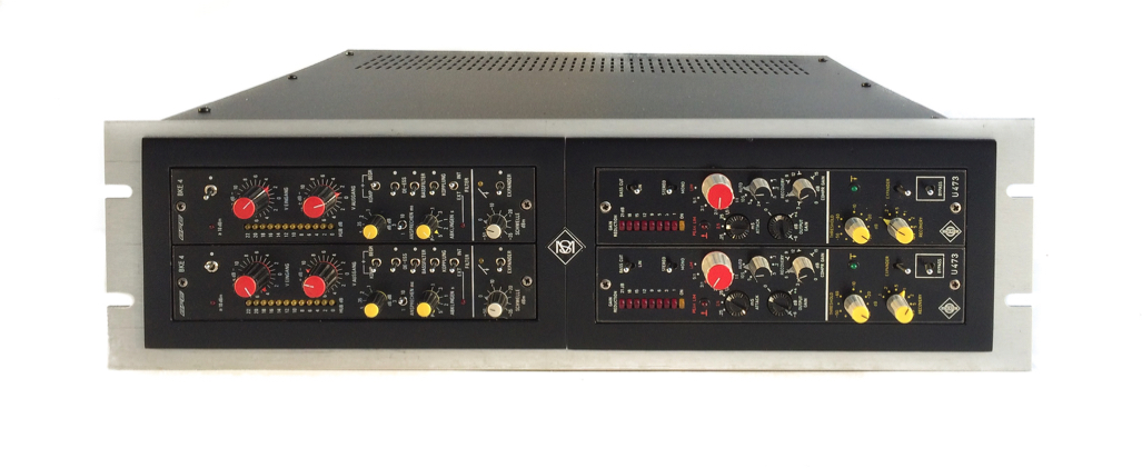 2 x Filtek BKE4 compressors and 2 x Neumann U473 compressors in a custom made rack