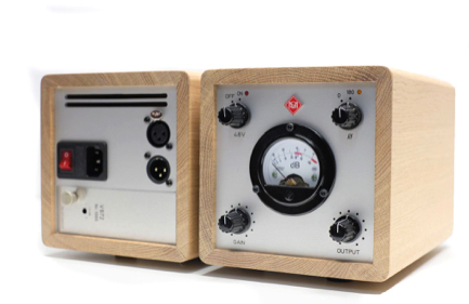 Telefunken V672 in a solid oak lunchbox